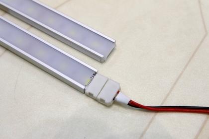 Светодиодная лента в ал.профиле SEST 1506-5630/120-2WW-R 36Вт. (2м - теплый белый) 12 Вольт
